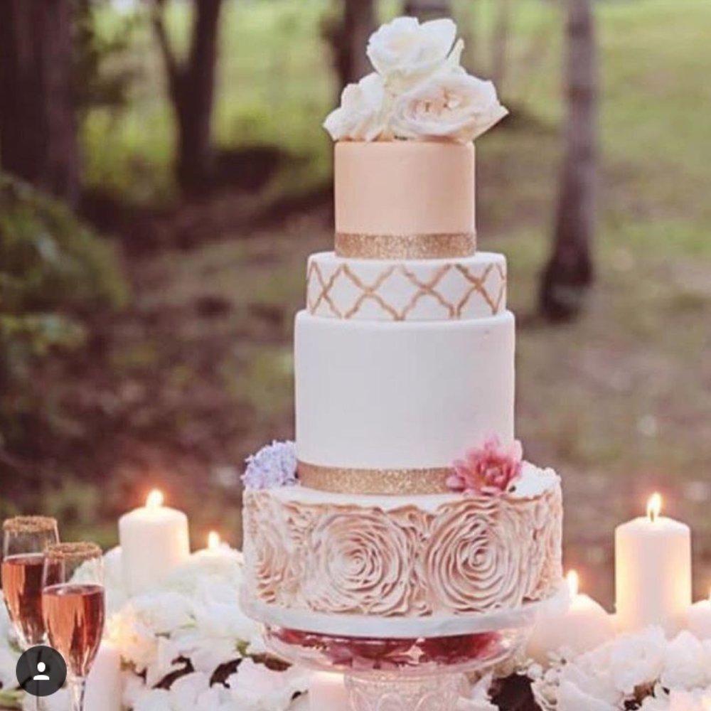 Give me that wedding cake Vekha Events Luxury Wedding Event