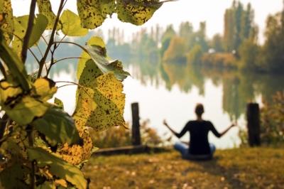 Yoga-autumn.jpg