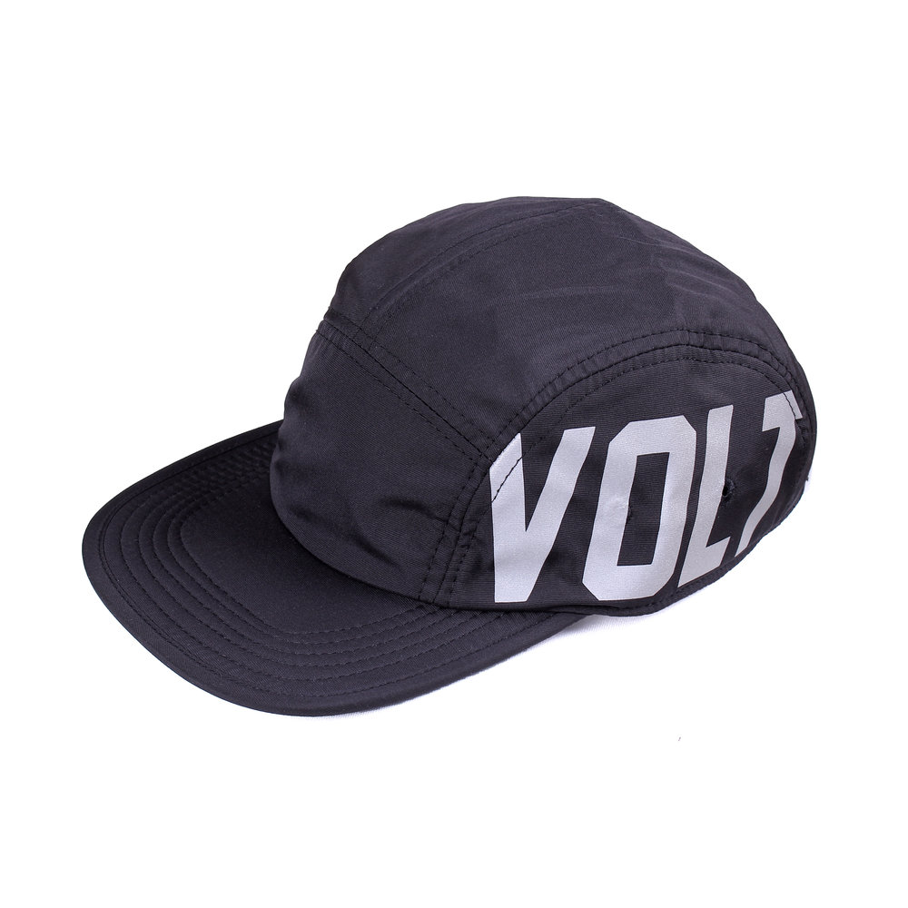5 Panel - Team Volt   Basic Collection  Features: - High performance nylon fabrics - Printed in reflective heat press method - Mesh fabric liner - Adjustable straps with centre release buckle - Reflective side tab label  Rp 250.000