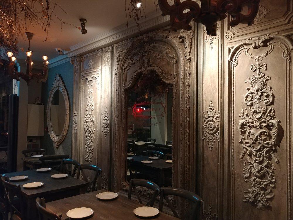 Restaurant design lokhandwala fitzrovia.jpg