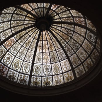 Stunning stain glass dome @threadneedles autograph