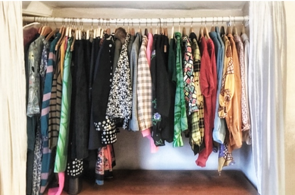 How to organise clothes with the KonMari method.