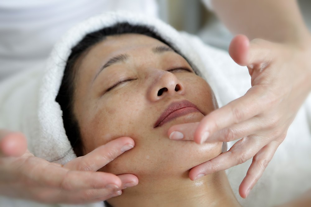 face massage-asian.jpg