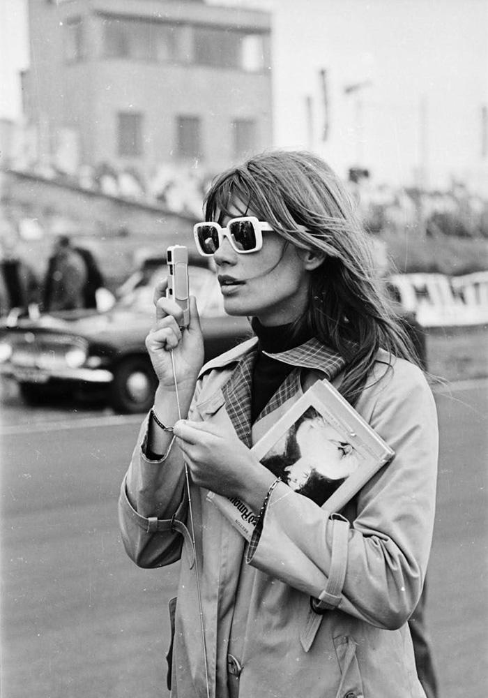 darkside-eyewear-gift-guide-Françoise-hardy--vintage.jpg