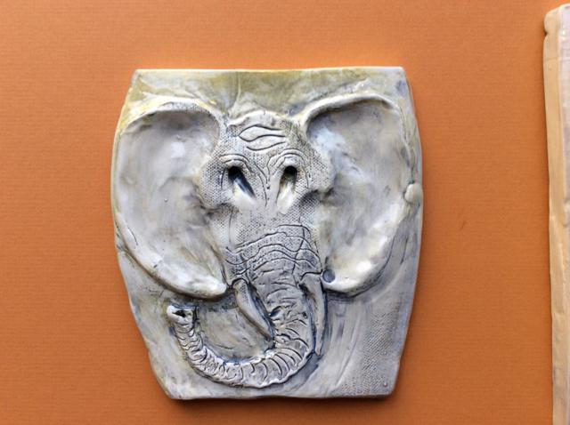 white_elephant_head_tile.jpg