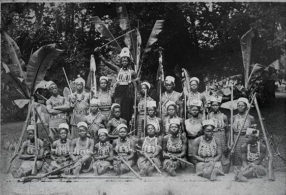 bw-1891-1892-1893-Dahomey-Karawane-CDV-1-VS.jpg