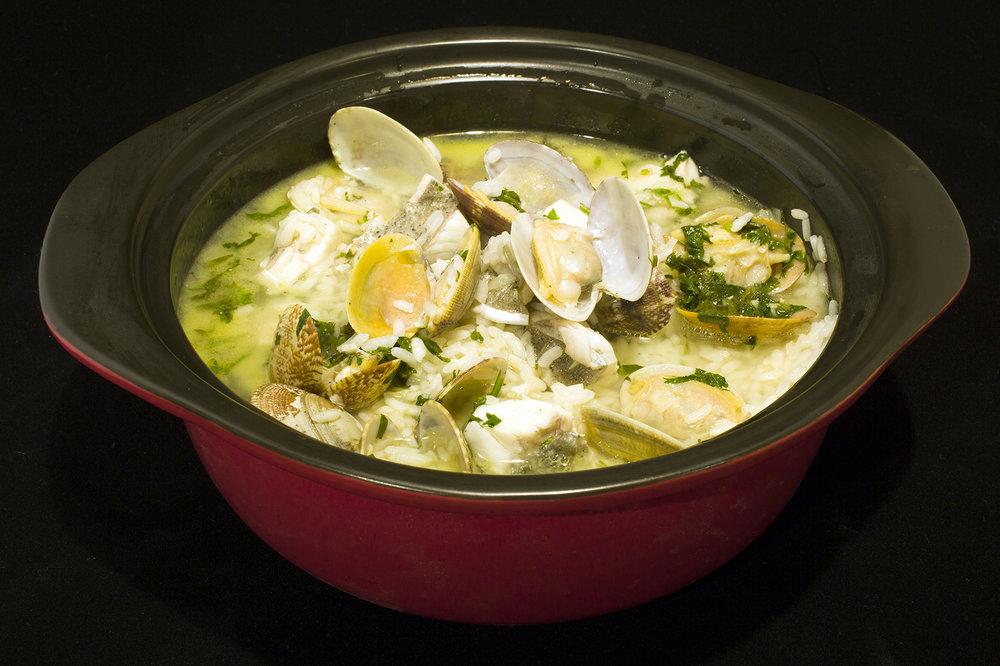 Wet Sea Bass Rice with Clams & Lemon Sauce. 葡式鮮蜆鱸魚飯.