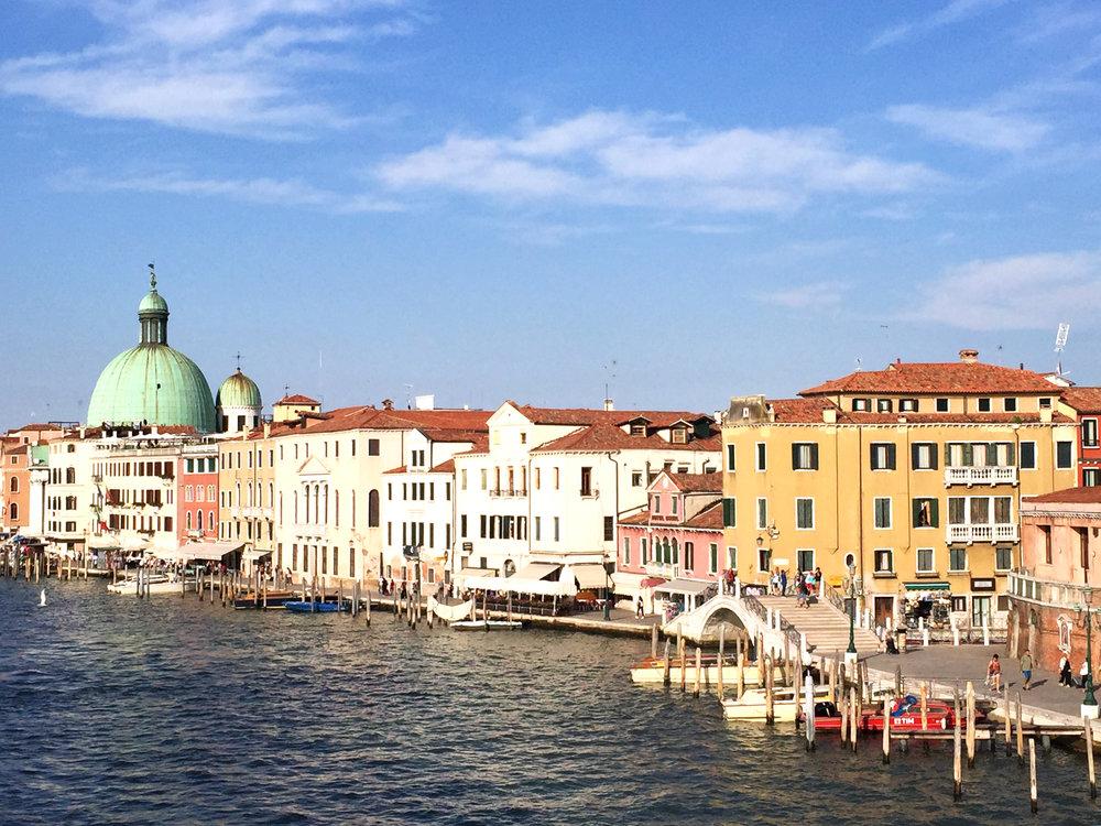 Sandinmyshoes en Venice 2.jpg
