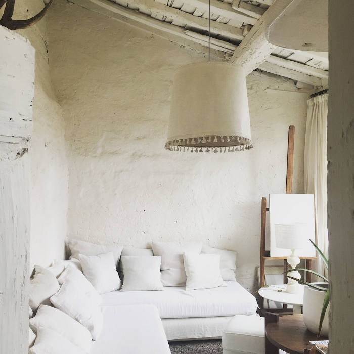 camellas-lloret-maison-dhotes-carcassonne-summer-cabin.jpg
