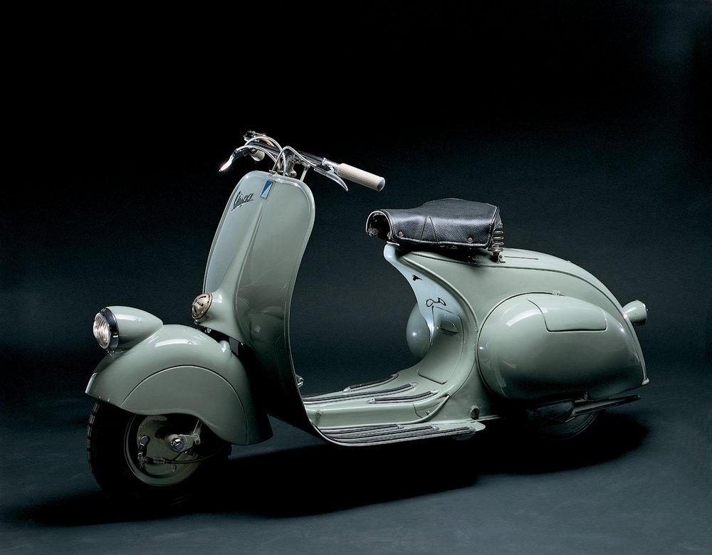 1946 Vespa 98cc.jpg