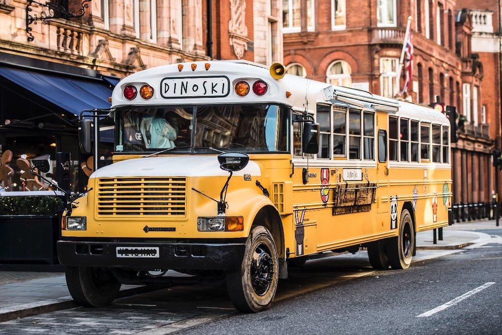 DinoSki Bus