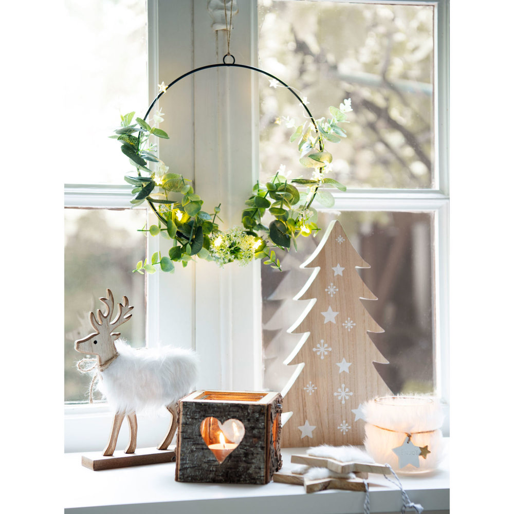 glass-and-birch-heart-print-cut-out-candle-holder-1500-6-4-183028_4.jpg
