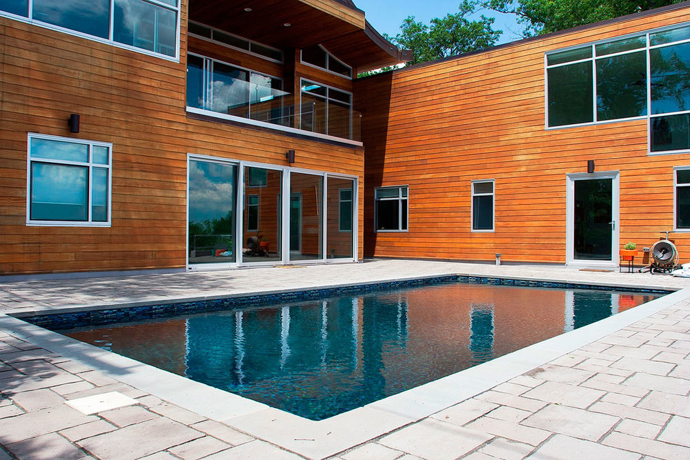 modern New Jersey pool clean and serviced