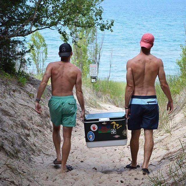 Tuesday strolls in the original FH boardies #seastheday #keepitclean #tranquiltuesday #bottlestomodels