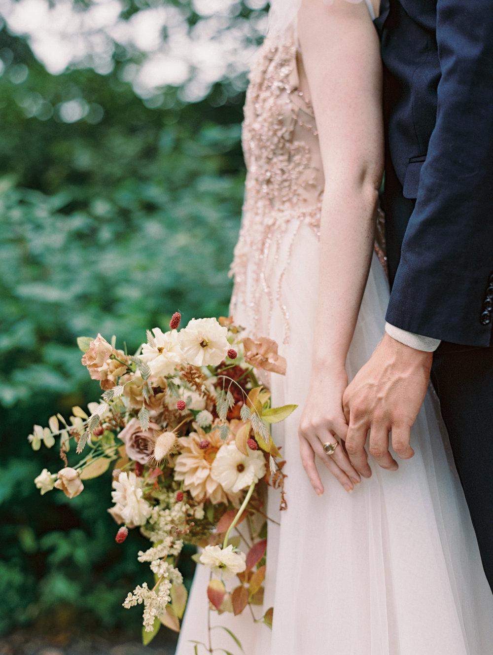 kelsandmichael_bridaleditorial_harvestelopement-27.jpg