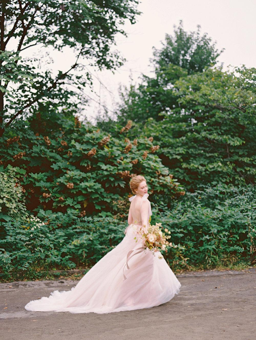 kelsandmichael_bridaleditorial_harvestelopement-39.jpg