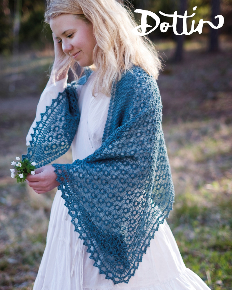 - Dottir means daughter. Dottir is the gentle, the precious. The fair and beautiful, whom you treasure and protect.YarnNew Zealandsk Lammeuld by [G]uldNeedles5 mmMeasurements175 cm along the top edge70 cm deep at the neck