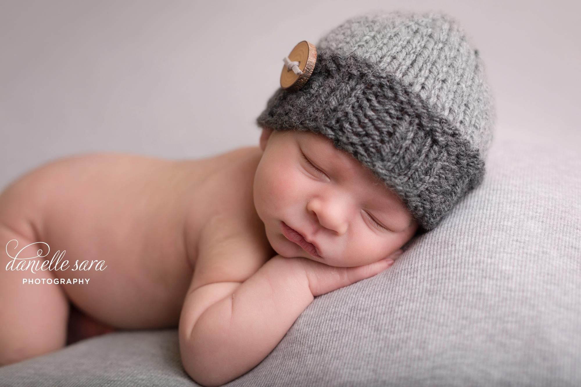 newbornphotosrockvillemaryland_0007