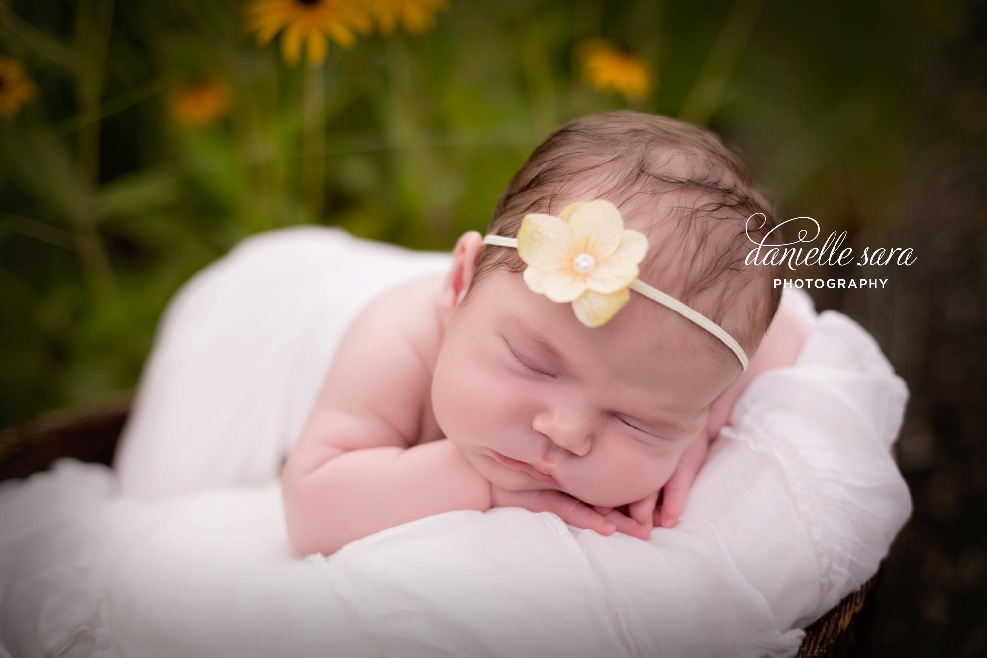 newbornphotographerbethesdamaryland_0011
