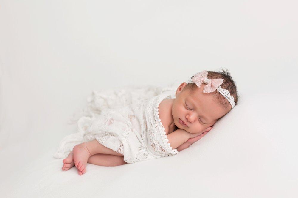 newbornphotographersnearme_0004.jpg