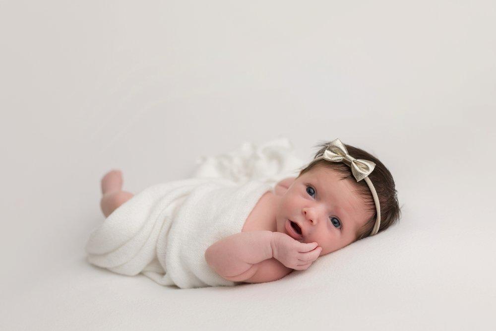 newbornphotographersnearme_0007.jpg