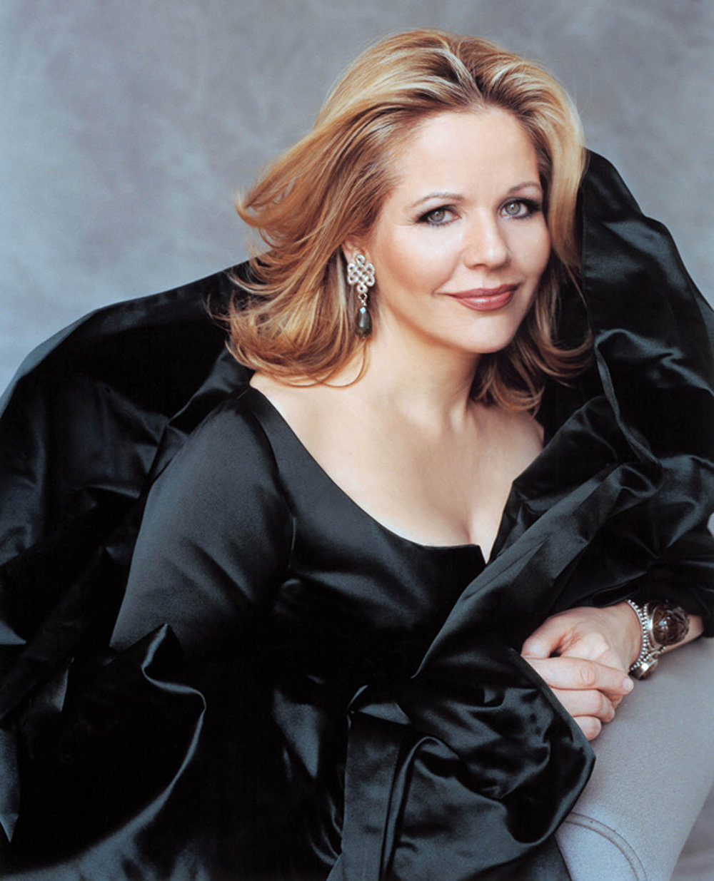 renee-fleming-soprano.jpg