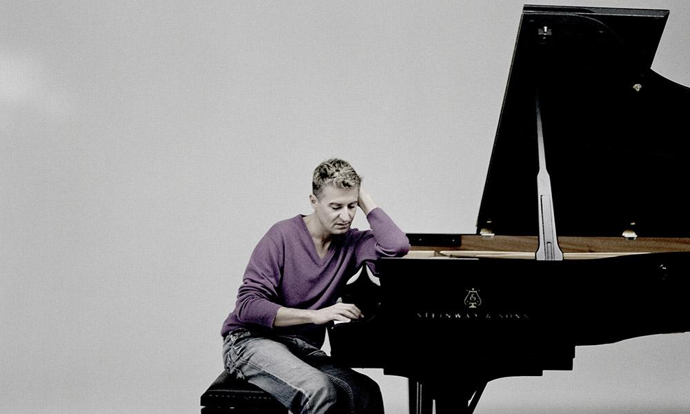 Thibaudet at the Piano