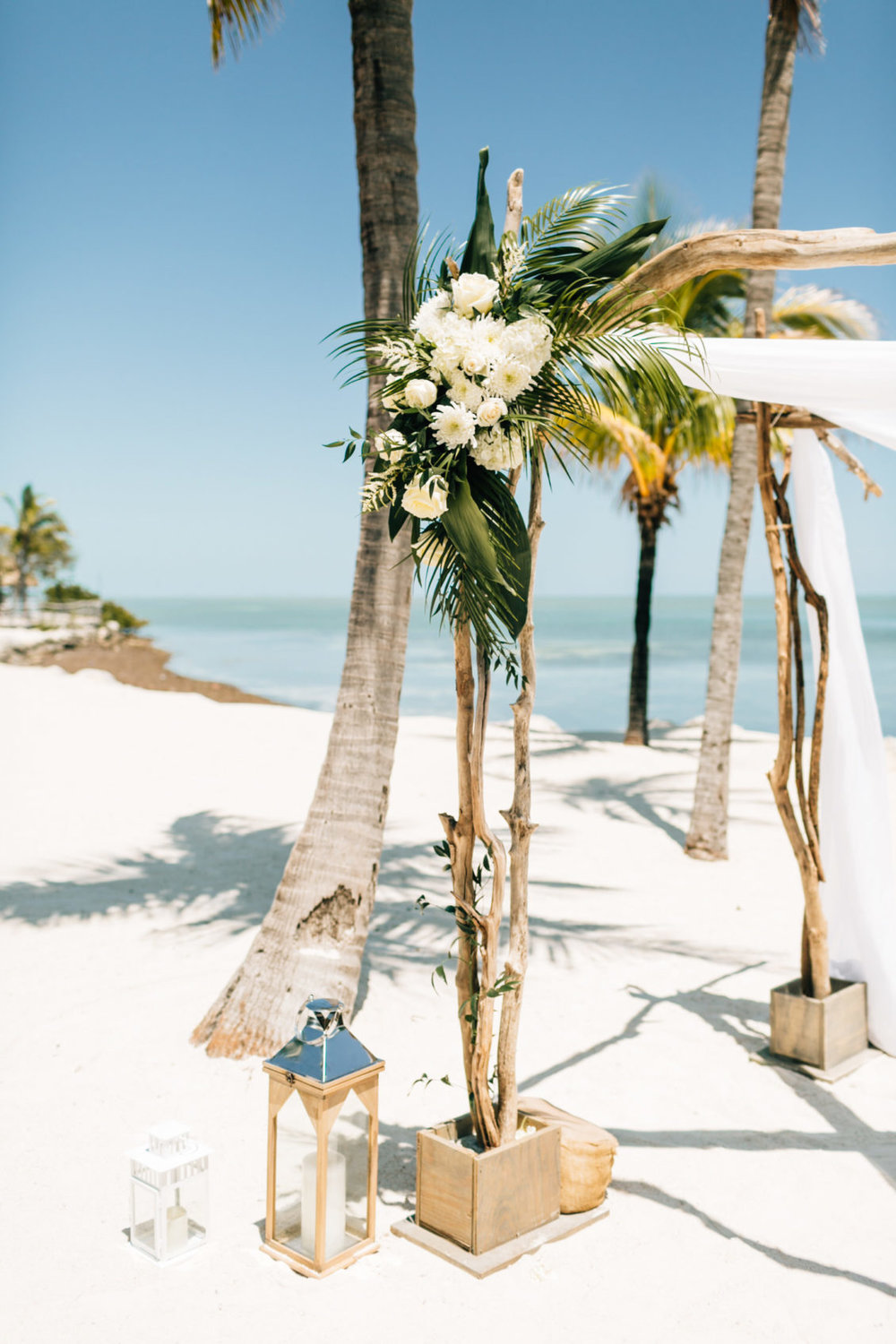 finding_light_photography-postcard_inn_holiday_isle_wedding_photography-islamorada_wedding_photographer-010-1130x1695.jpg