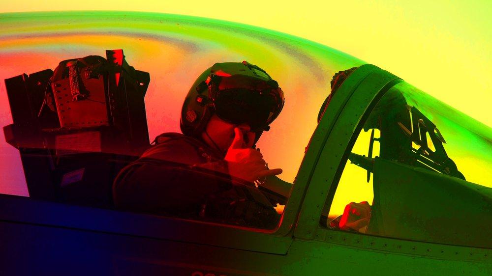 180624_pilot_cockpit_dvids2_colored2.jpg