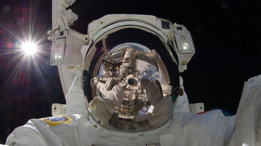 180627_astronaut_pexels.jpg