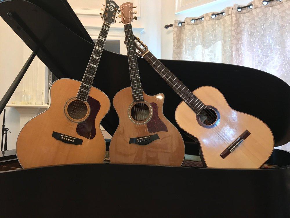 Acoustic Guitars - Guild F-50 JumboRodrigo Moreira Nylon ClassicalTaylor 714ce