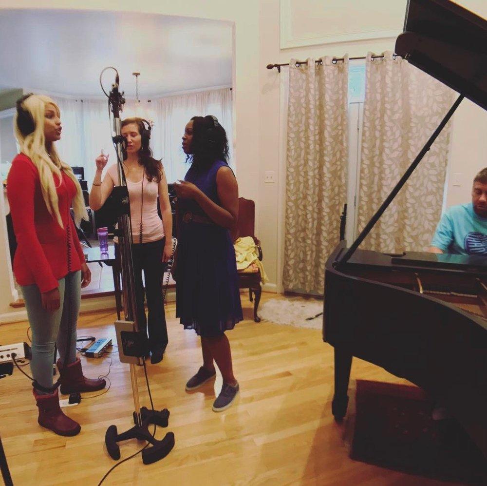 Girl Singers.jpg