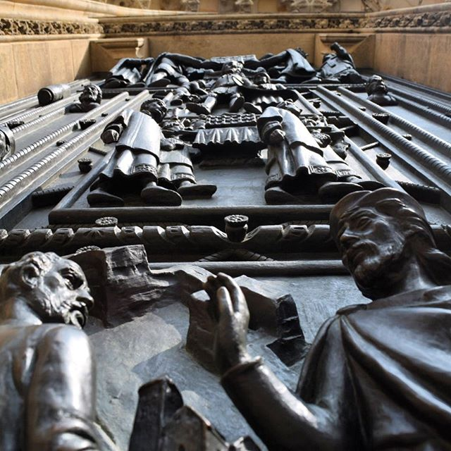 St Vitus Cathedral Doors in Prague exemplify the beauty of storytelling through decorative art. #prague #praguecastle #blogger #travelblogger #familytravel