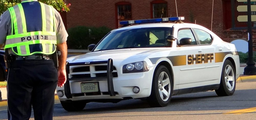 POLICE-COUNTY SHERIFF CAR.jpg