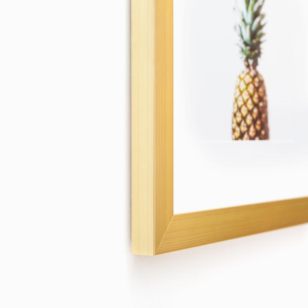 Carson // Clean Gold Frame
