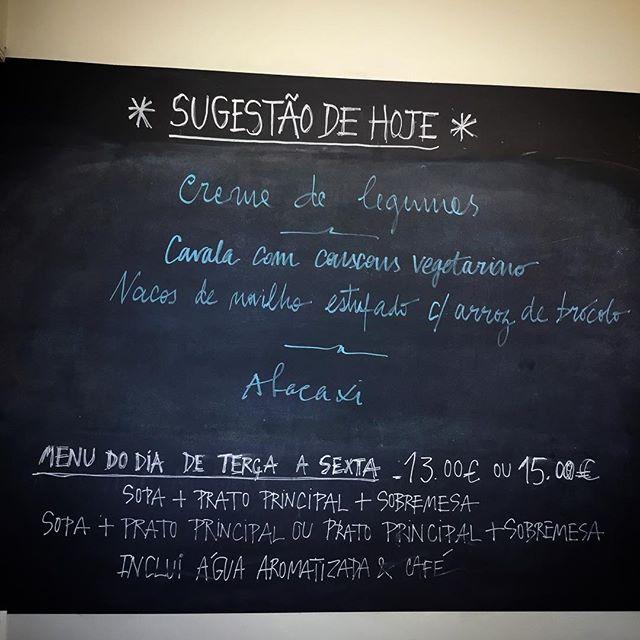 #menudodia #otravessakitchen #restauranteporto #portorestaurant #restaurantefoz #restaurantefozvelha #chef Heitor de Melo