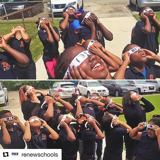 #Repost @renewschools ・・・ A few @schaumburgjags students had a great view of #eclipse2017!  #renewschools #nolaed #nola #STEM