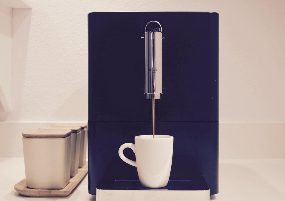 ENA One Espresso Maker, JURA / Espresso Cup, KAHLA