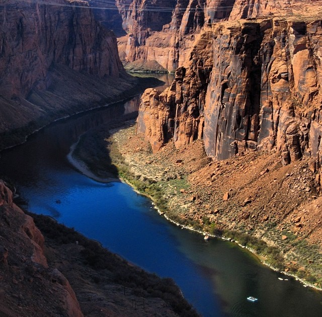 colorado river discovery - raft from above - canyon rim.jpg