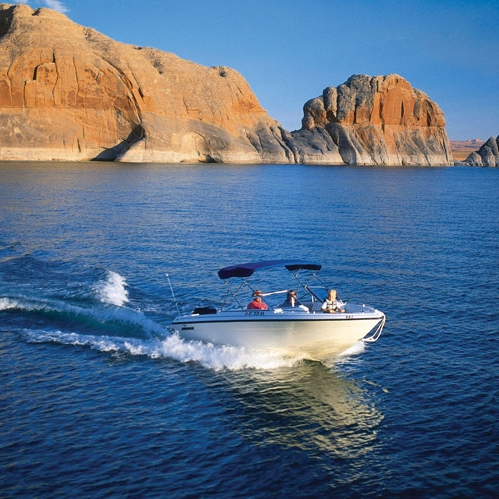 antelope point speedboat towards.jpg