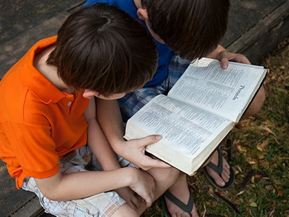 18_0322_CHILDREN_5-Steps-to-Launching-a-Bible-Study-for-Kids-Before-or-After-School_OldSize.jpg