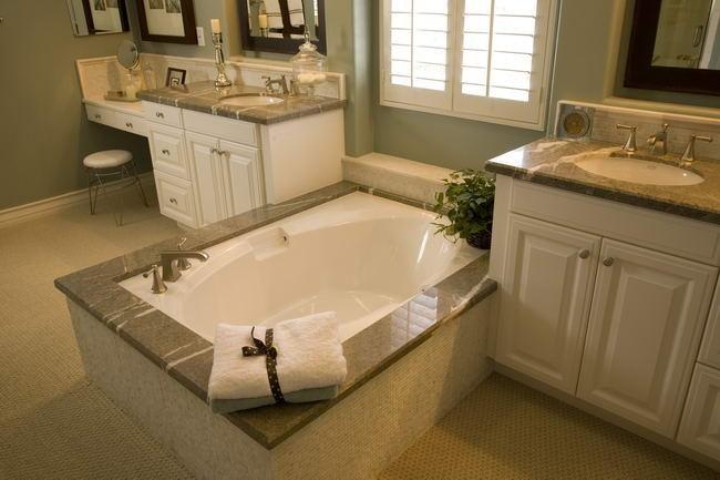 bathroom02-89460af305.jpg