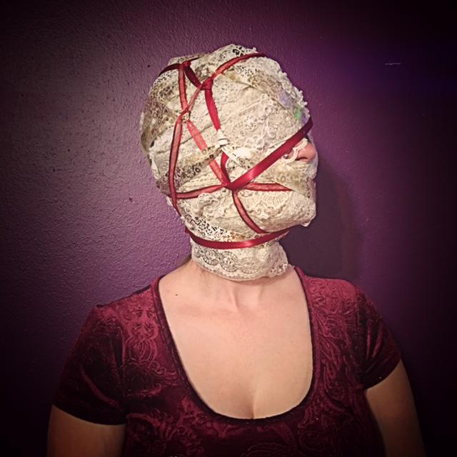 lace mummification.jpg