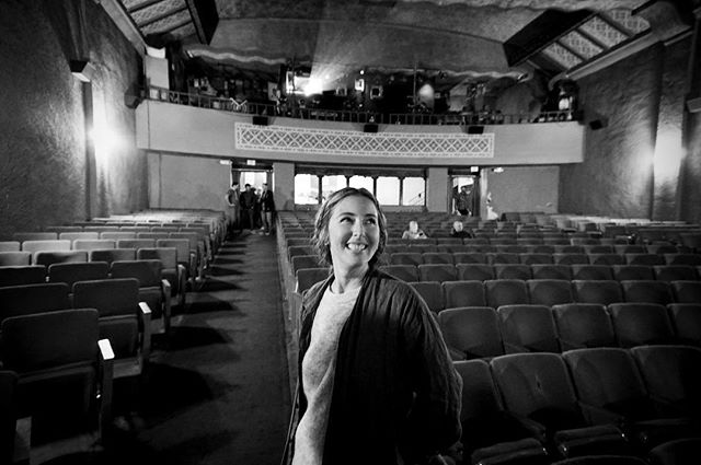 We are so grateful to everyone who has come out, and continue to come out to our screenings since our tour started in January! As a filmmaker, there's nothing more rewarding than seeing communities gather, laugh, and connect around the film you've worked so hard to make. Here, director @hellodarcy stands in the incredible La Paloma theatre before the truly electric @bikemag screening in Encinitas.  If you didn't have a chance to see the film in theaters, you can see it in your own home from the link in our bio. 🙏🏼