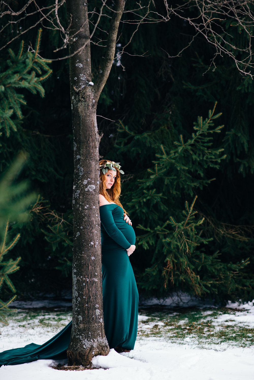 Winter Maternity Shoot-24.jpg