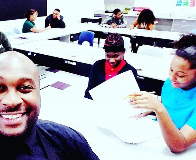 Bringing the Music & Arts industry to the public schools of America with an emphasis on character & social skill development. #hoodriseacademy #hoodrisegang #hoodrisemusic #hoodriseentertainment #leadership  #epic #back2school📚📚📚 #drake #m