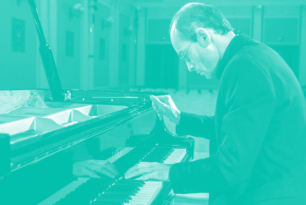"<a href=""/bios/david-kalhous"">David Kalhous<br>piano</a>"