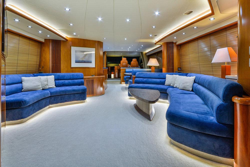 M.V Alani - Saloon, Luxury Yachts Whitsundays