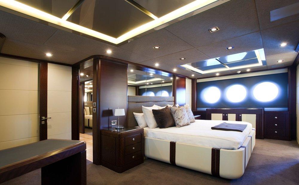 Quantum Luxury Yacht