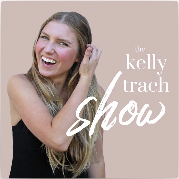 PodcastReview-TheKellyTrachShow
